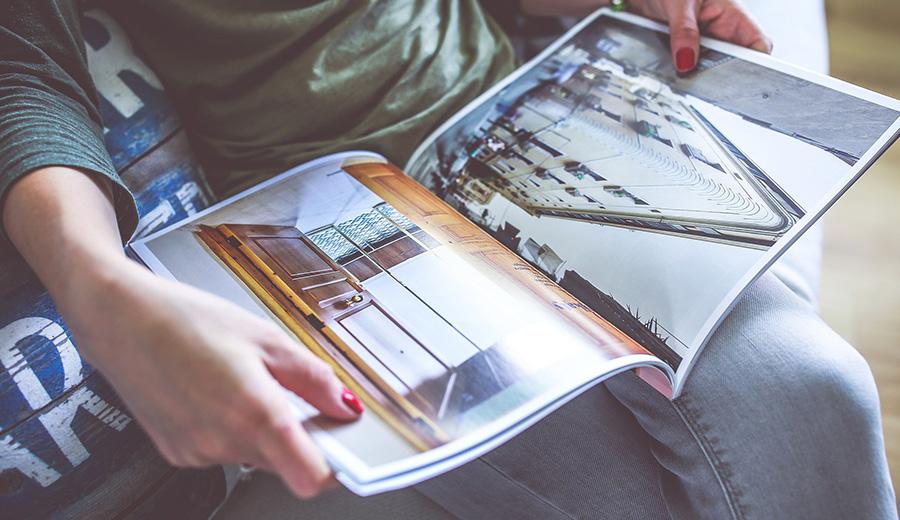 brochures02