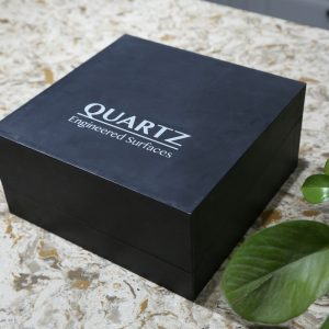 Flip sample box case for customized quartz sample